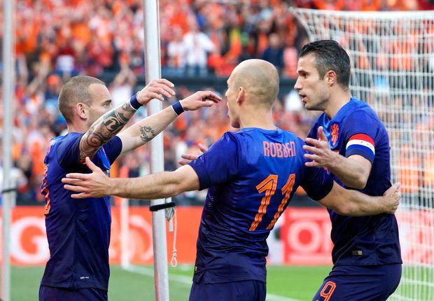 هولندا تحقق فوزاً صعباً على غانا ضمن التحضيرات للمونديال