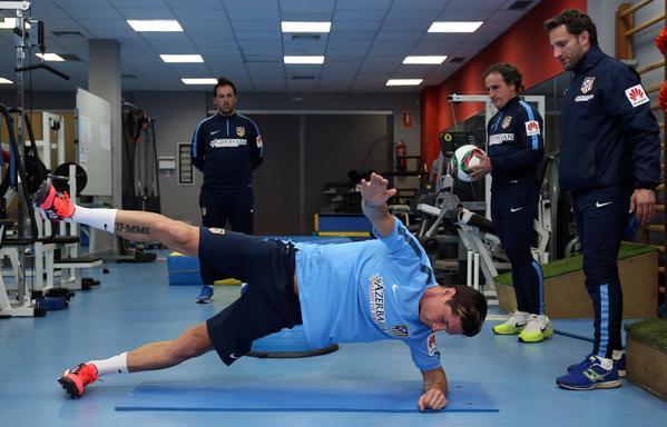 توريس يباشر تدريباته مع أتلتيكو مدريد سريعاً