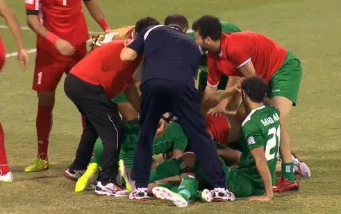 العراق يبلغ نصف نهائي كأس إفريقيا بعد الفوز على إيران بركلات الترجيح