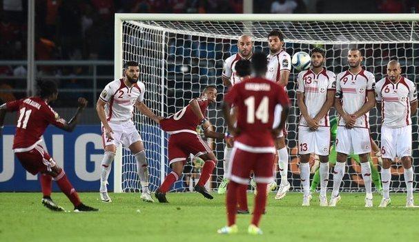 غينيا الاستوائية تطيح بتونس وتبلغ نصف نهائي كأس إفريقيا