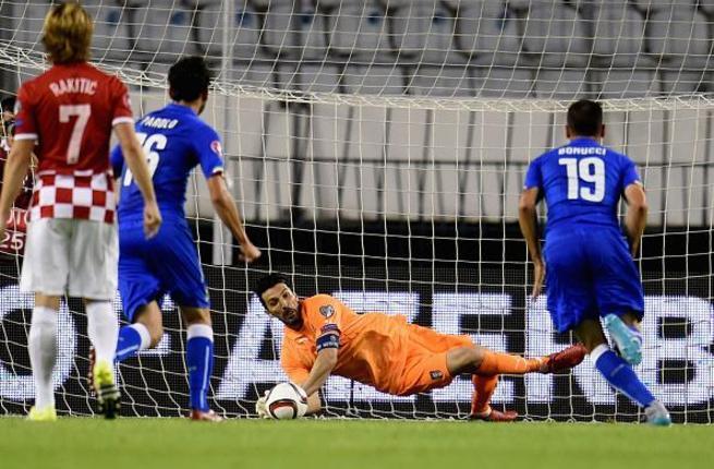فيديو: إيطاليا تعود بتعادل ثمين من كرواتيا