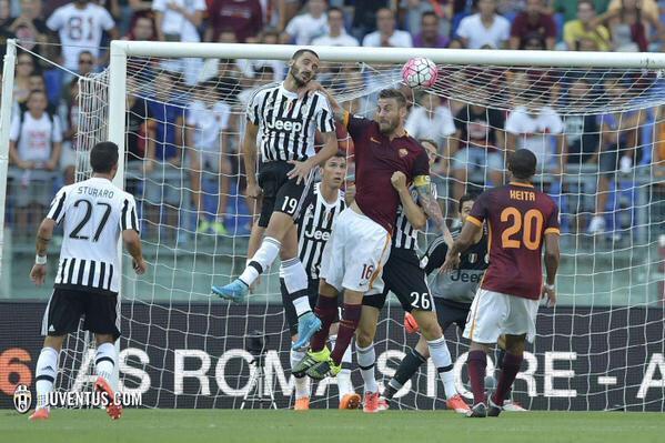 بالفيديو: روما يتغلب على اليوفنتوس في قمة الجولة الثانية