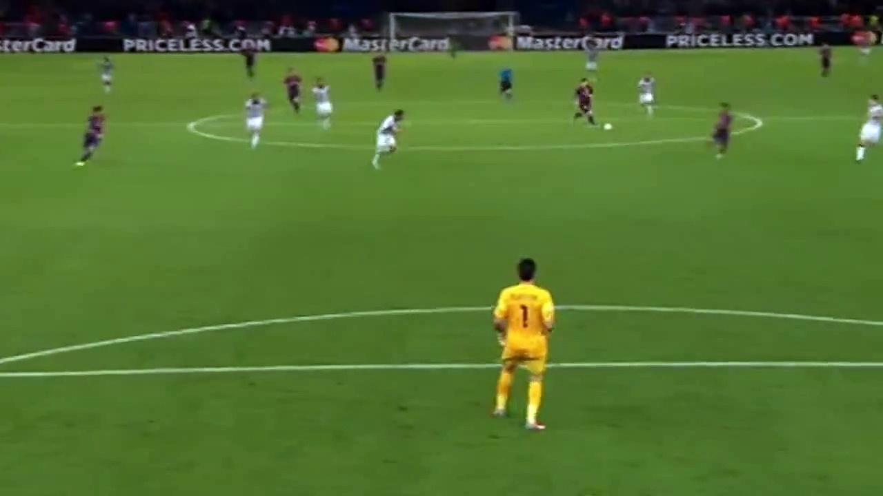 بالفيديو: لاعب بلجيكى يهدر فرصة برعونة شديدة