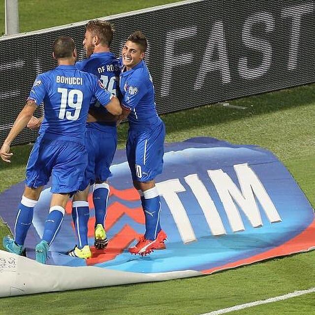 بالفيديو: إيطاليا تغرد وحيداً في الصدارة