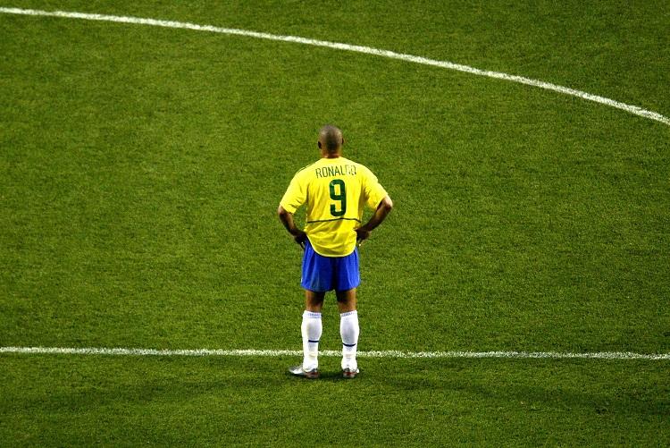 بالفيديو: رونالدو البرازيلي لم يفقد بعد بريقه داخل الملعب