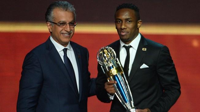 عاجل: أحمد خليل أفضل لاعب آسيوي