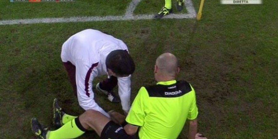 بالفيديو: حكم في الدوري الإيطالي يبكي بسبب شد عضلي