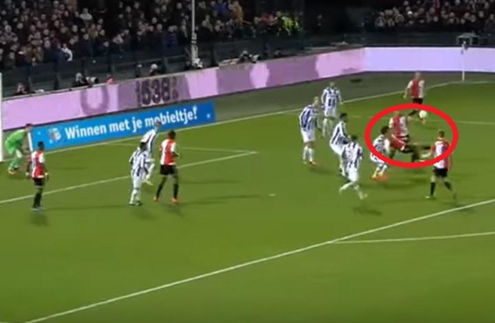 بالفيديو: لاعب مغربي يسجل هدفا خرافيا في الدوري الهولندي