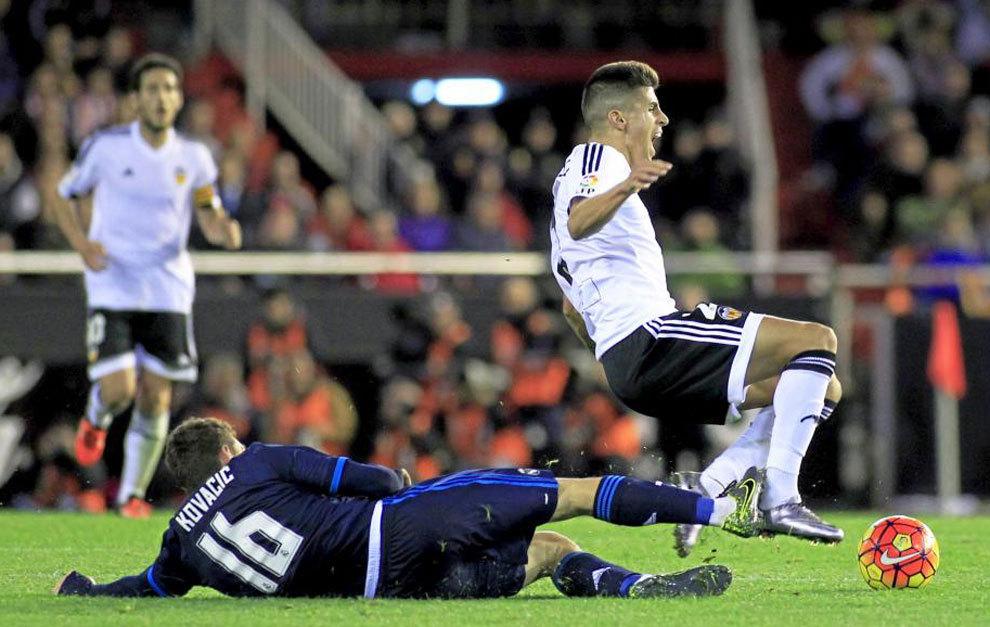 بالفيديو: ريال مدريد يسقط في فخ التعادل الإيجابي مع فالنسيا