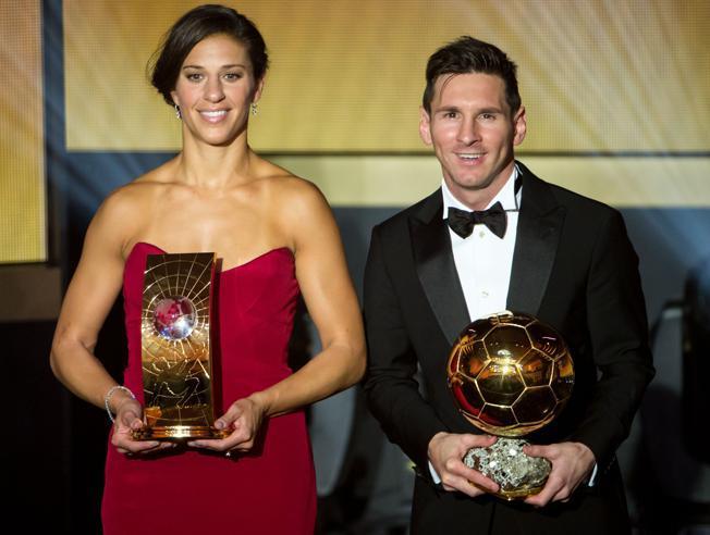 رسمياً بالفيديو … ليونيل ميسي أفضل لاعب في العالم لعام 2015