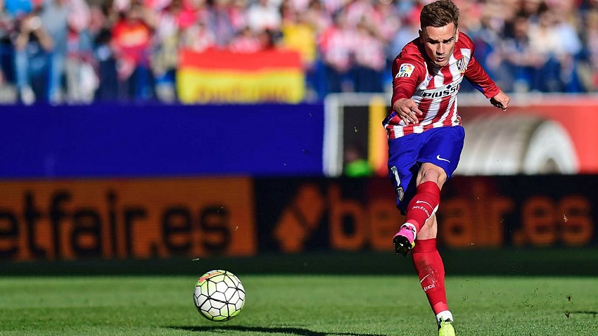 جريزمان يمنح أتليتكو مدريد الصدارة مؤقتاً بالفوز على رايو فاليكانو