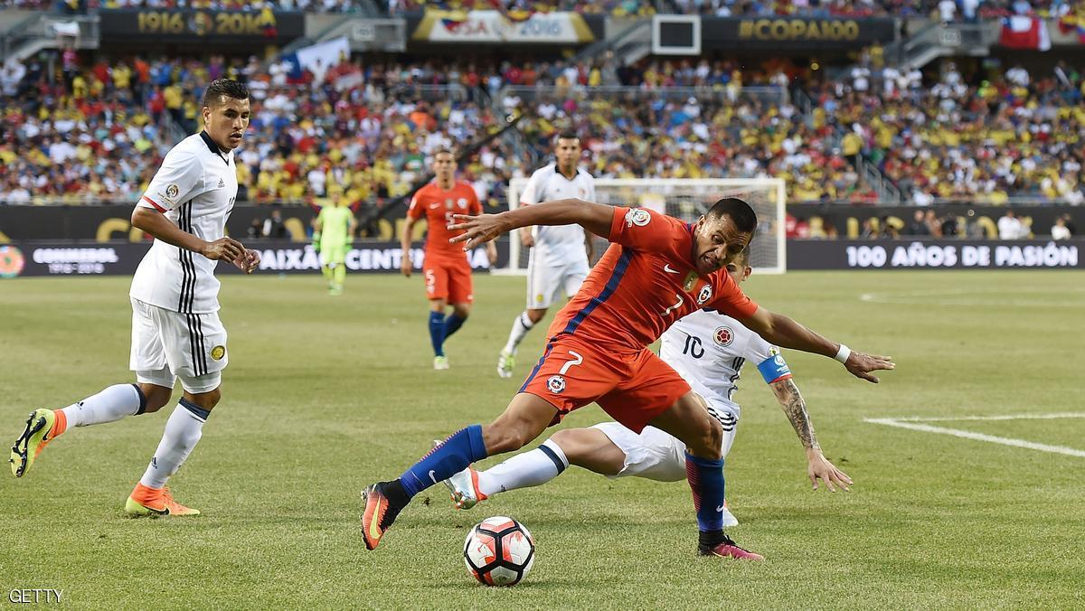 بالفيديو: تشيلي تصعق كولومبيا وتلحق بالارجنتين إلى النهائي
