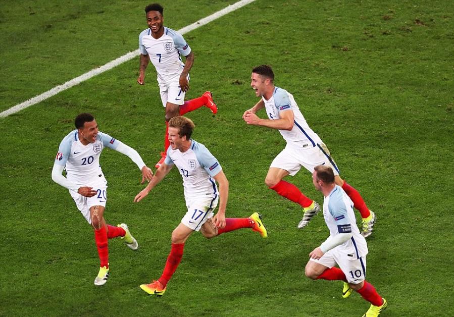 بالفيديو: روسيا تخطف نقطة من موقعة إنجلترا في الزفير الأخير