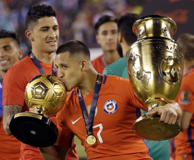 رسمياً … سانشيز أفضل لاعب في كوبا أمريكا