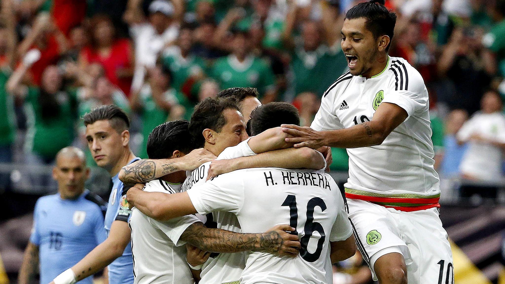 فيديو: المكسيك تحقق فوزاً متأخراً على الأوروجواي بثلاثية وتتصدر مجموعتها