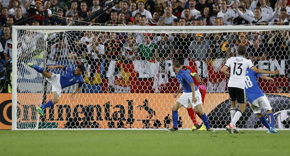 شاهد … إنقاذ خيالي لمدافع أيطاليا أمام ألمانيا