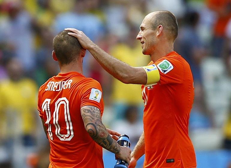 بالفيديو: شنايدر يقود هولندا لتعادل ثمين أمام السويد في تصفيات المونديال