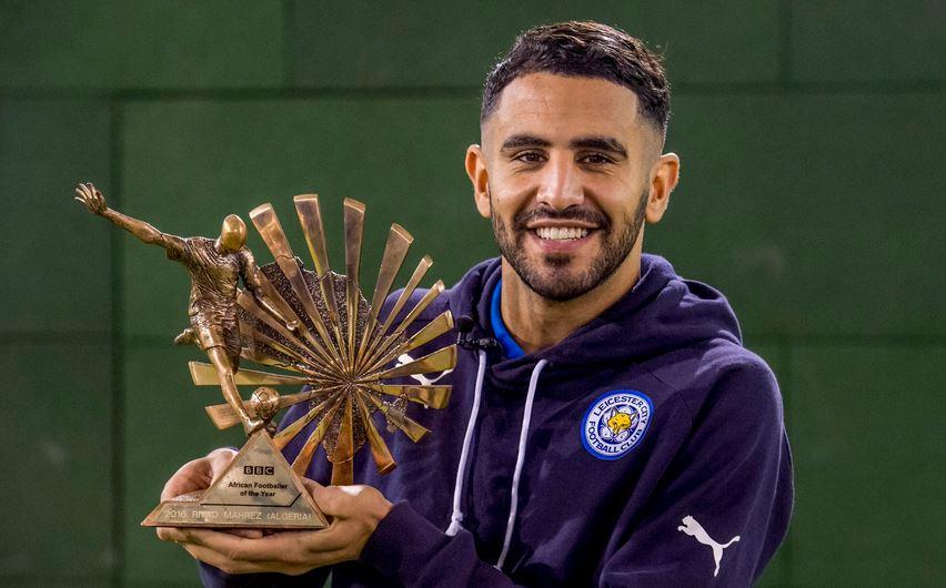 """رسمياً … محرز يتوج بجائزة """"بي بي سي"""" كأفضل لاعب في أفريقيا"""