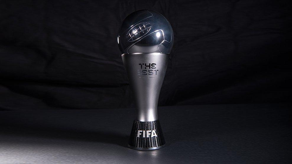 """شاهد … الفيفا يكشف عن كأس جائزة """"الأفضل"""" في العالم"""