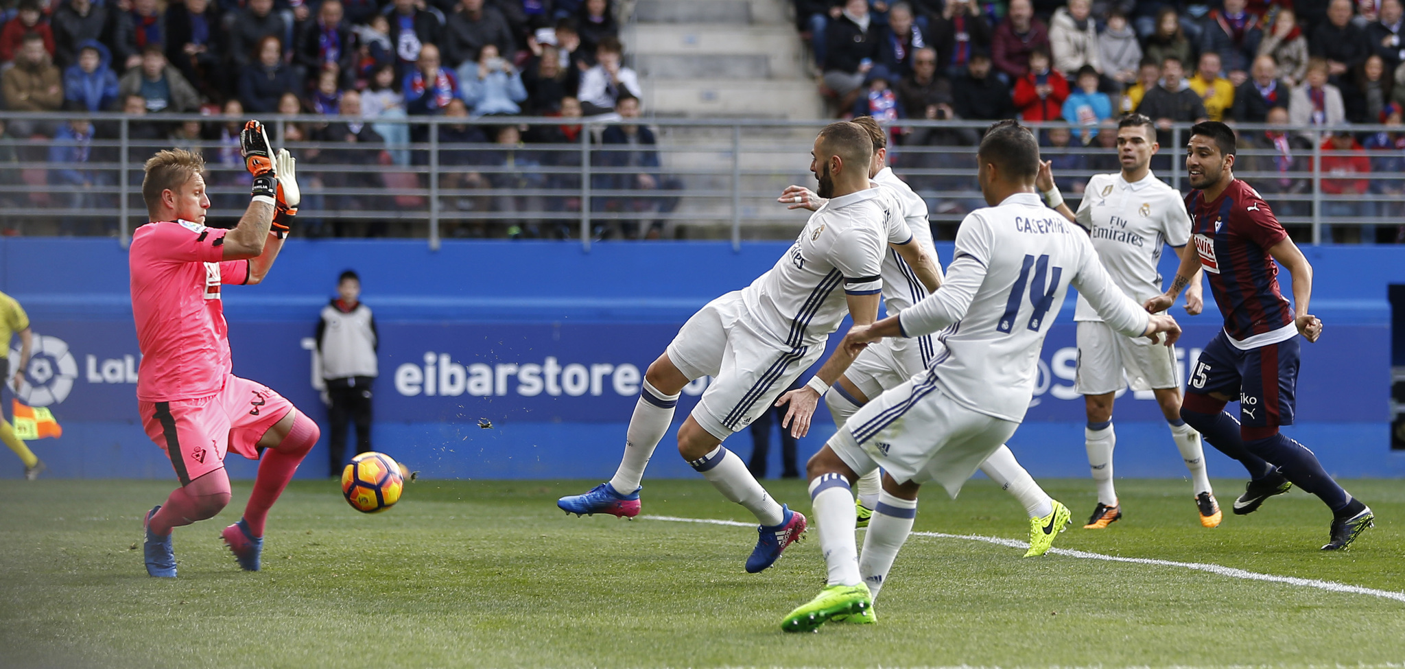 بالفيديو: ريال مدريد يتخطى إيبار بسهولة في الليغا
