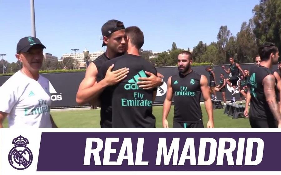 شاهد … لاعبو ريال مدريد يودعون ألفارو موراتا