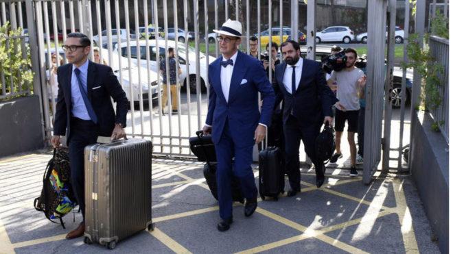 رسمياً … برشلونة يعلن فسخ عقد نيمار بعد استلام قيمة الشرط الجزائي