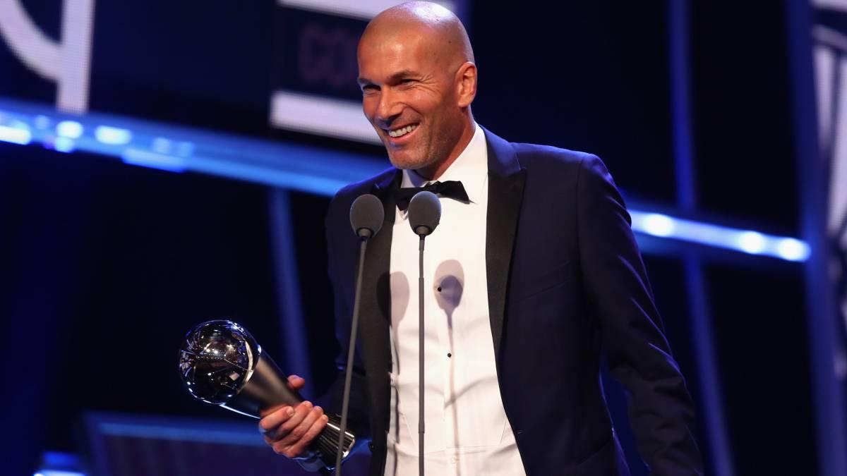 رسمياً … زين الدين زيدان يفوز بجائزة أفضل مدرب في العالم لعام 2017