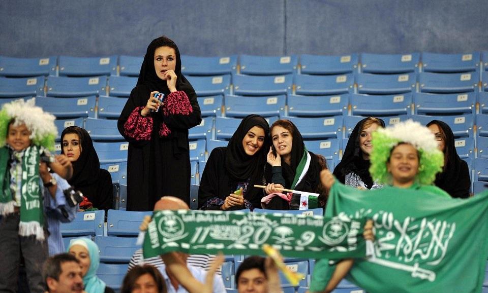 رسمياً … السماح للنساء بدخول 3 ملاعب في السعودية