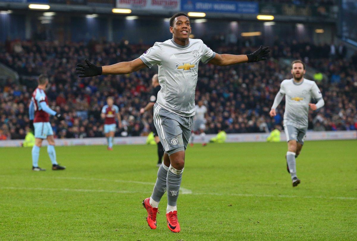 أهداف مباراة مانشستر يونايتد وبيرنلي 1-0 الدوري الإنجليزي