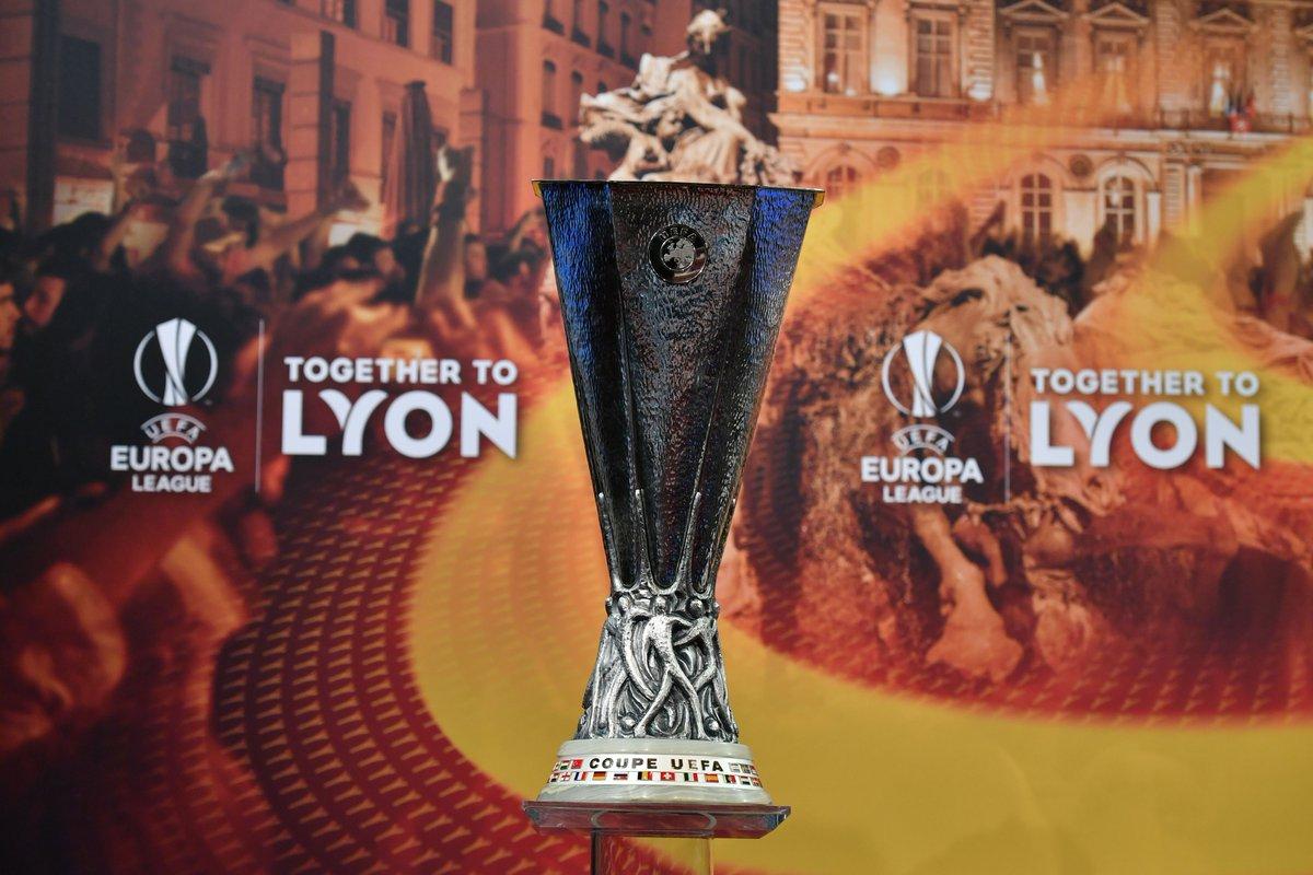 صفقة تبادلية مرتقبة بين برشلونة ومانشستر يونايتد