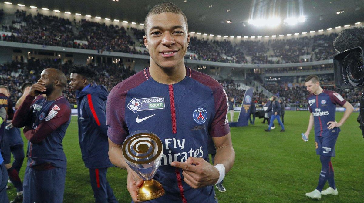 شاهد … تتويج نادي باريس سان جيرمان ببطولة كأس الرابطة الفرنسية