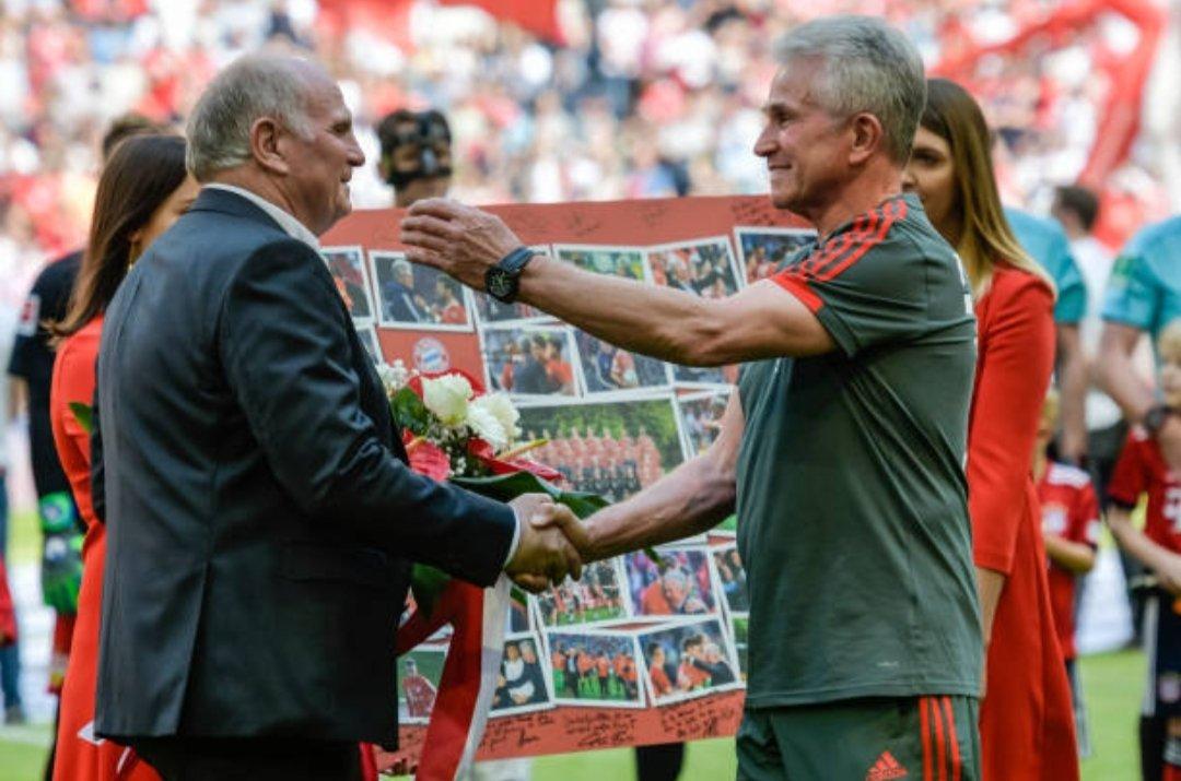 شاهد … تكريم المدرب هاينكس فى مباراة بايرن ميونخ الأخيرة بالدوري الألماني