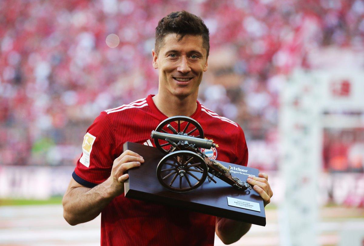 رسمياً … ليفاندوفسكي يتوج بجائزة هداف الدوري الألماني