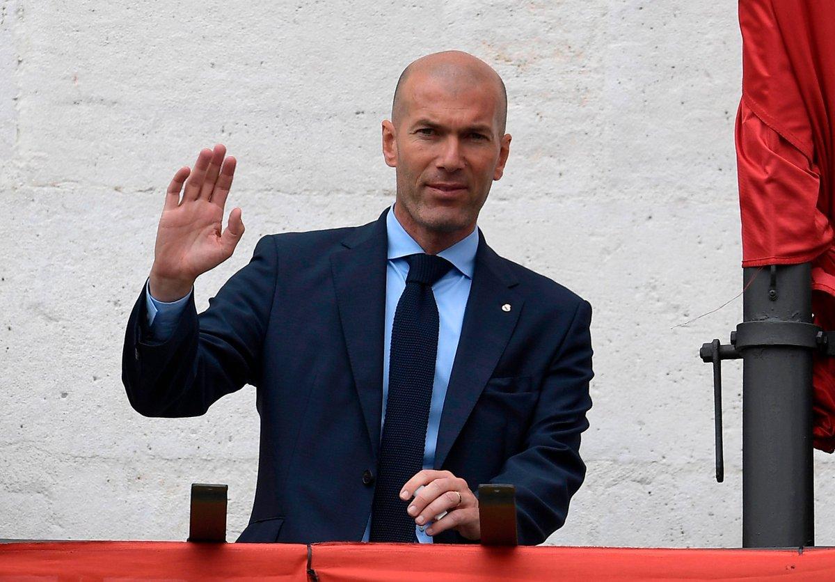 عاجل: بشكل مفاجئ … زيدان يعلن رحيله عن ريال مدريد