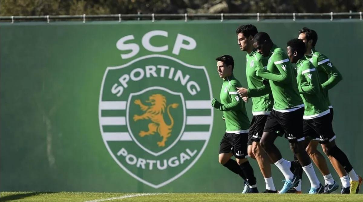 شاهد … جماهير غاضبة تعتدي على فريق سبورتينغ لشبونة