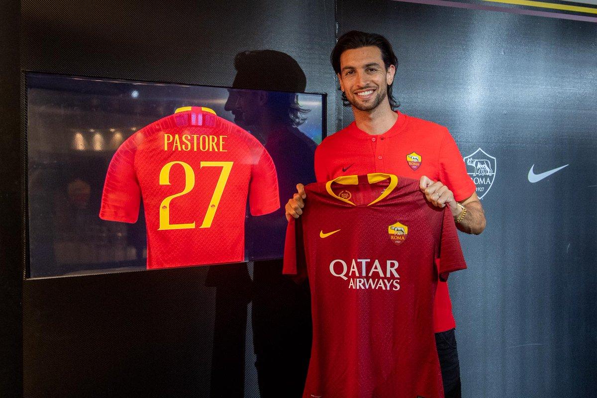 رسمياً … الأرجنتيني خافيير باستوري ينضم إلى نادي روما