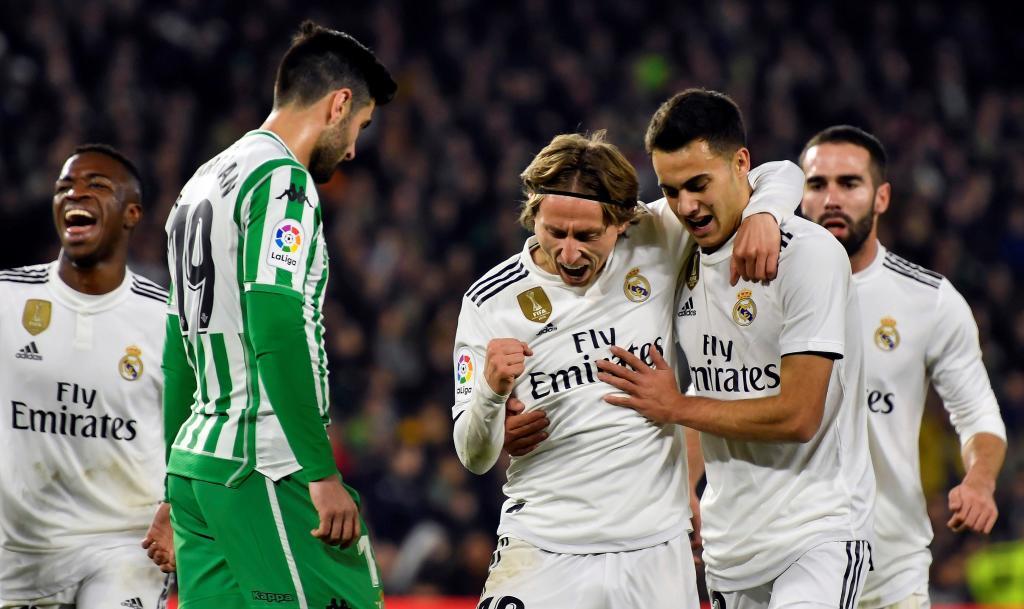 أهداف مباراة ريال مدريد وريال بيتيس 2-1 الدوري الإسباني