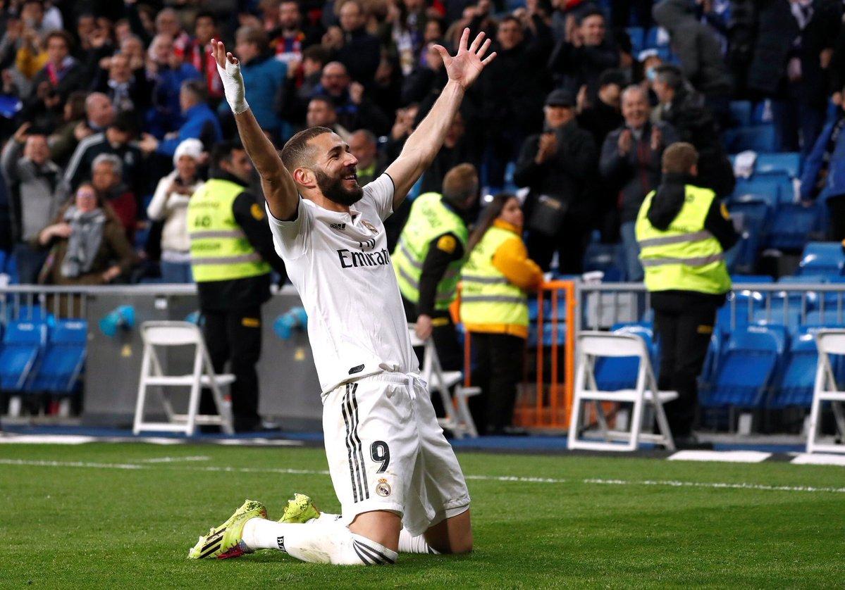 ريال مدريد يفلت من كمين هويسكا بهدف بنزيمه القاتل