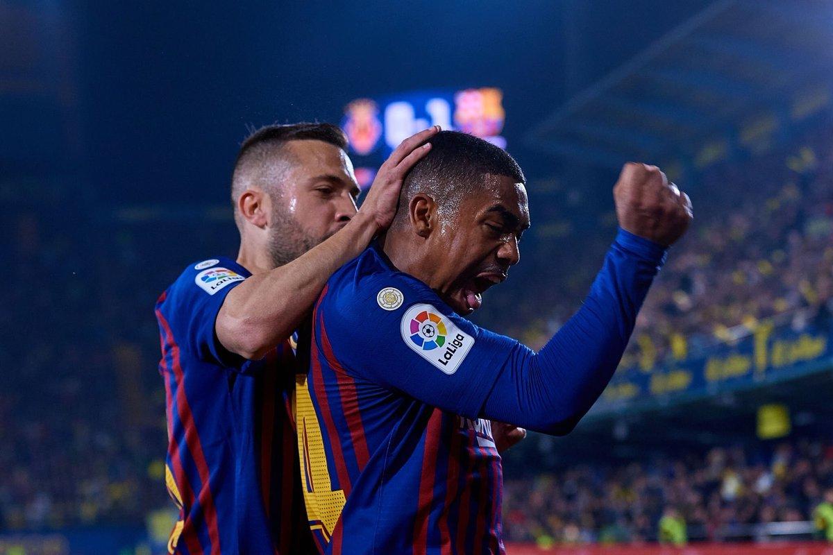 تعادل مثير بين فياريال وبرشلونة في الدوري الإسباني