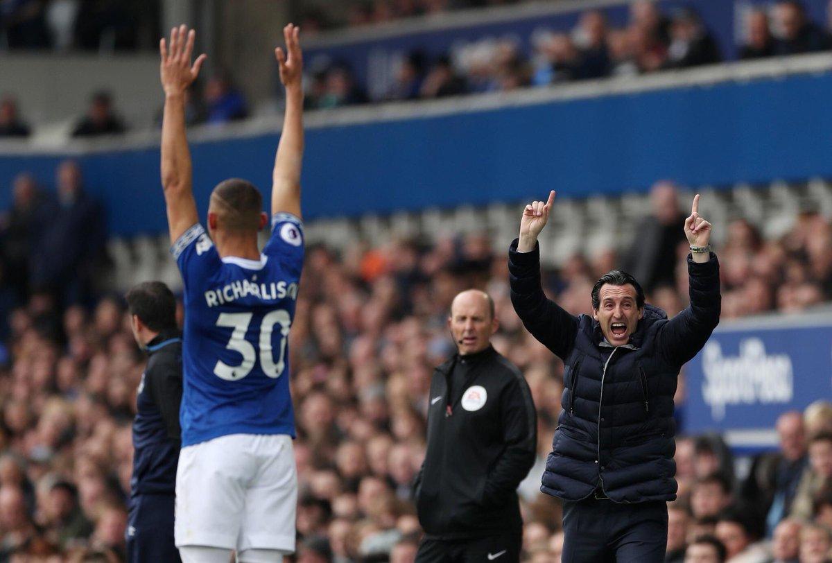 أرسنال يسقط أمام إيفرتون في الدوري الإنجليزي