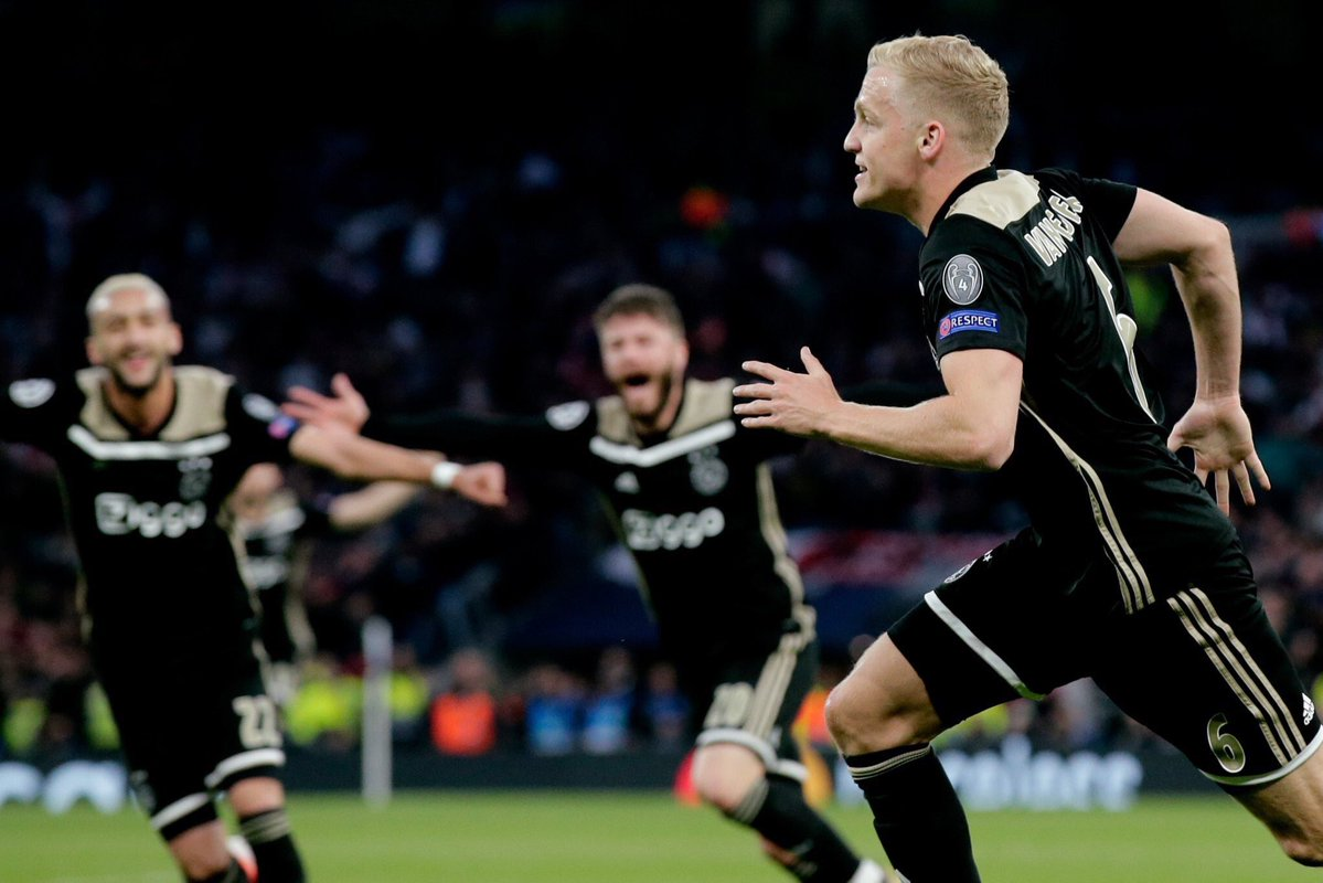 أياكس أمستردام يهزم توتنهام ويضع قدماً في نهائي دوري الأبطال