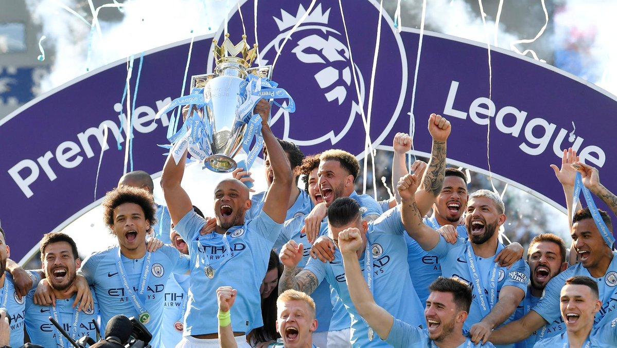 مانشستر سيتي يتوج بلقب الدوري الإنجليزي الممتاز للمرة الثانية على التوالي