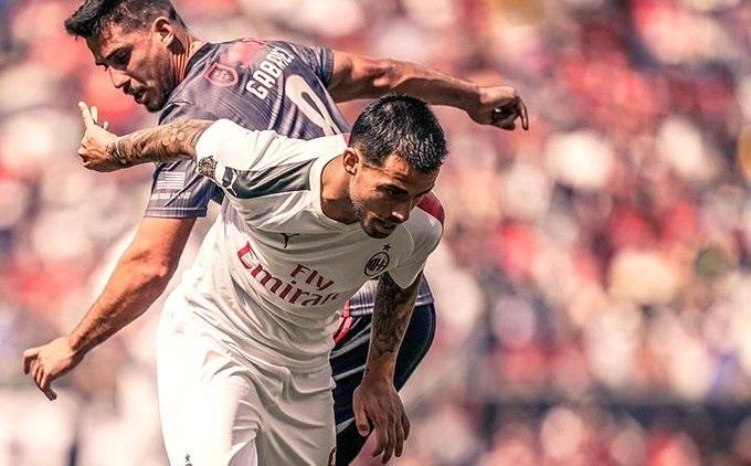 بنفيكا يهزم ميلان في الكأس الدولية للأبطال