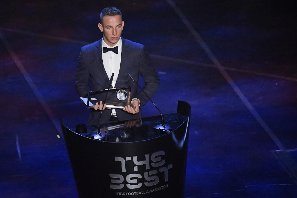 """شاهد: المجري زسوري يحصد جائزة """"بوشكاش"""" لأجمل في العالم لعام 2019"""