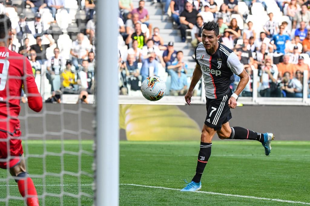 يوفنتوس يجتاز عقبة سبال في الدوري الإيطالي
