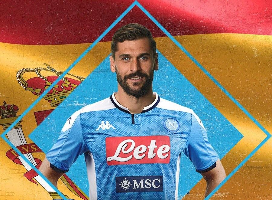 رسمياً … لورينتي ينضم إلى نابولي بصفقة مجانية