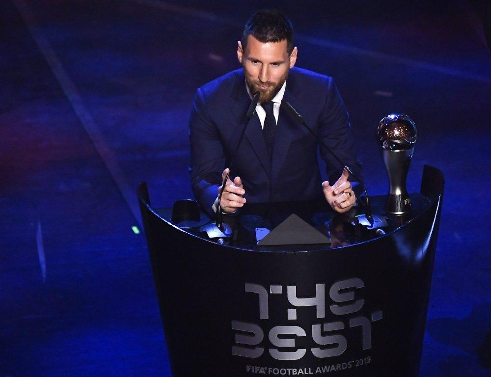 رسمياً … ميسي أفضل لاعب في العالم لعام 2019