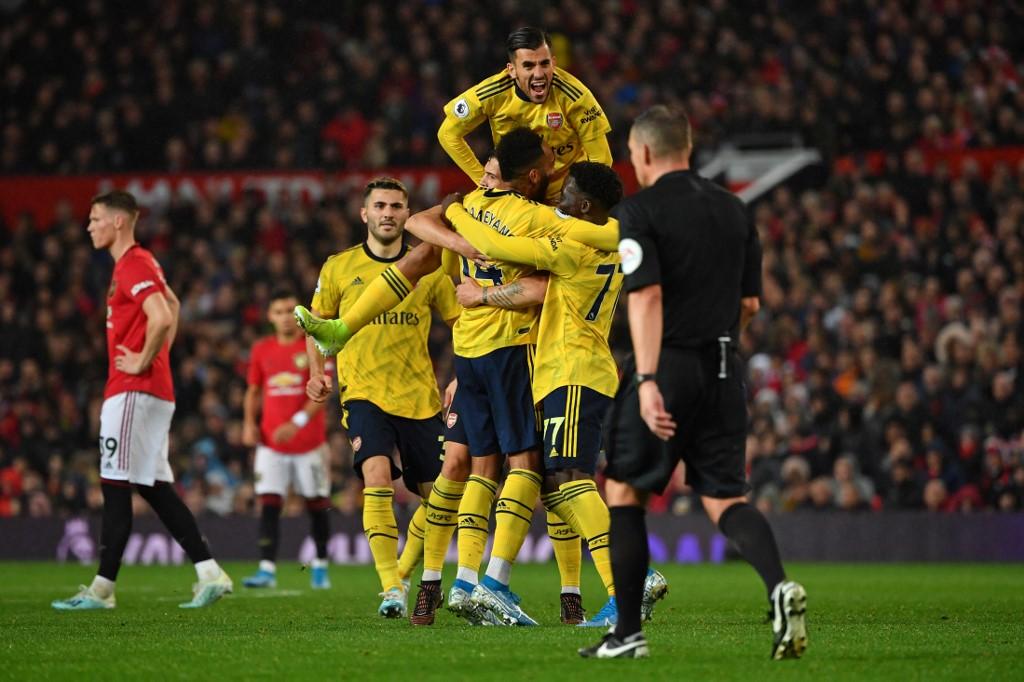التعادل الإيجابي يحسم قمة مانشستر يونايتد وأرسنال