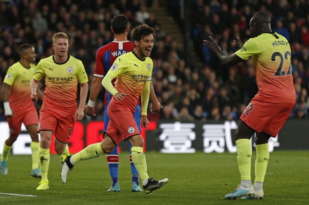 مانشستر سيتي يتخطى عقبة كريستال بالاس في الدوري الإنجليزي