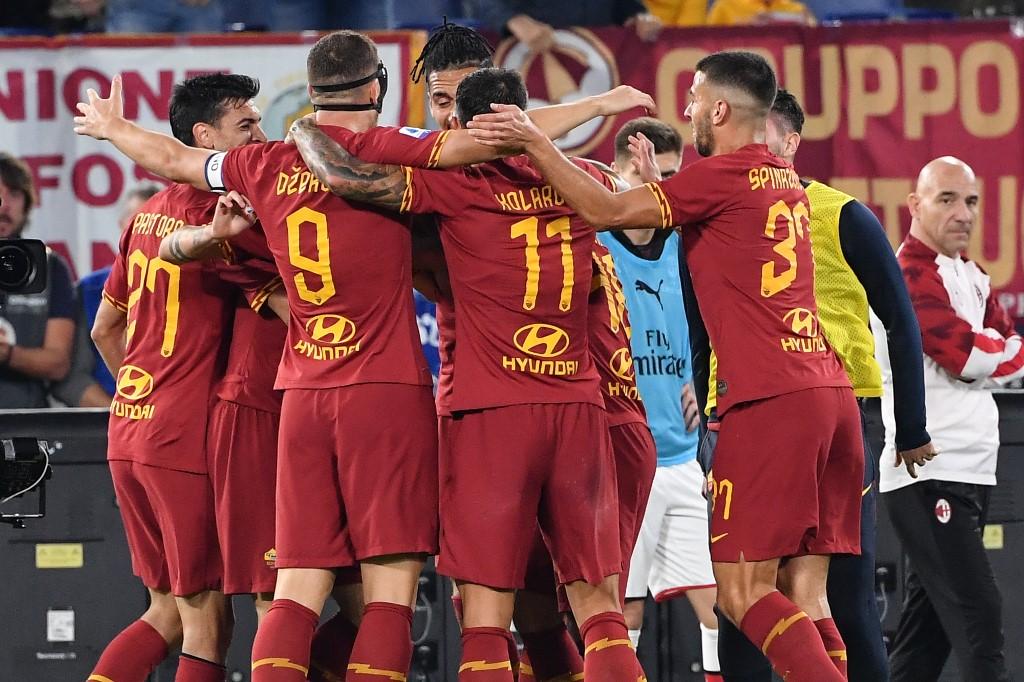 روما يسحق أودينيزي برباعية في الدوري الإيطالي
